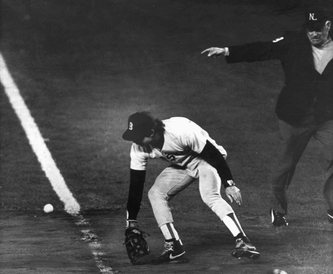 Fans will always remember the error Bill Buckner of the Boston Red Sox made in the sixth game of the 1986 World Series against New York Mets. Credit Stan Grossfeld/Boston Globe, via Associated Press